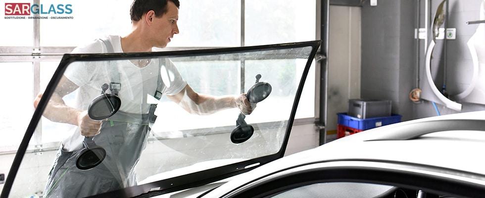 sostituzione vetro auto